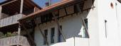Umgebautes schützenswertes Bauernhaus in ein Mehrfamilienhaus in Erlach