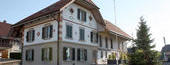 Renovierung der bestehenden Wohnung, sowie Ausbau des Dachgeschosses. Einbau einer neuen Wohnung im alten Scheunenteil, Täuffelen